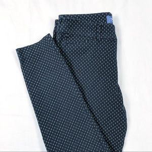 Old Navy Pixie Mid-Rise Pant